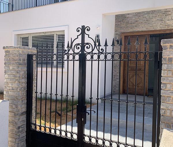 gate-75